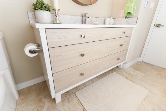 Adams - Guest Bath (11)