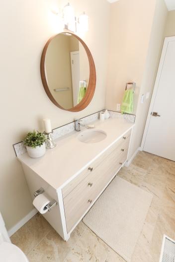 Adams - Guest Bath (12)