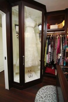 master-walk-in-closet-4